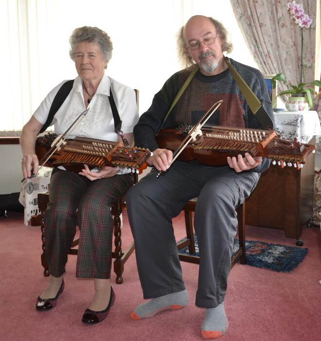 2 nyckelharpa players