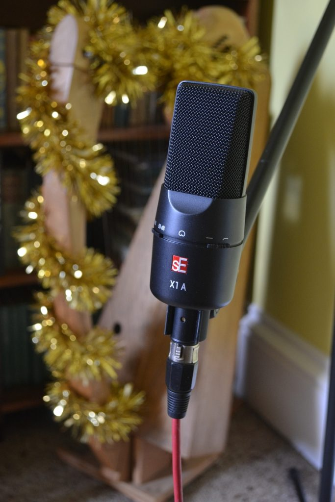 SE X1A microphone