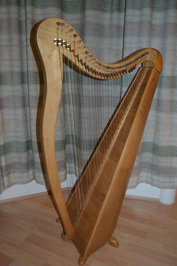 31 string lever harp
