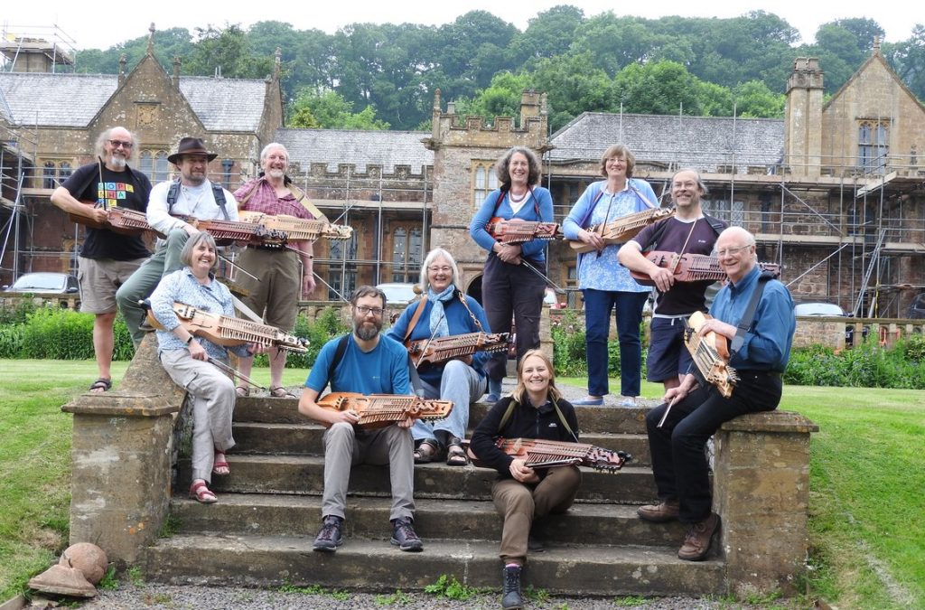 nyckelharpa players